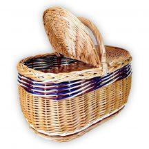 Piknik kosár vörös-fehér-kék díszítéssel