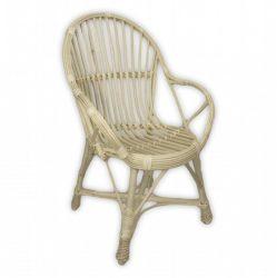 Fehér, fonott karfás fotel